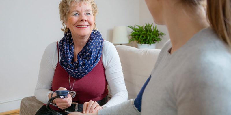 Pulsmessen - Bereits in der Schwangerschaft als Hebamme für Sie da
